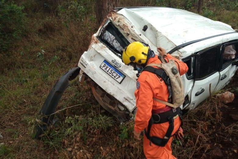 Motorista é socorrido em estado grave após acidente na BR-040