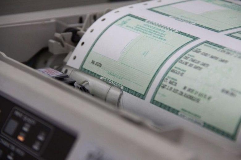 Emissão da Carteira de Identidade continua restrita à casos emergênciais