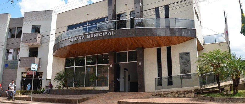 Câmara de São Gonçalo suspende atividades após aumento de casos de Covid-19 entre servidores