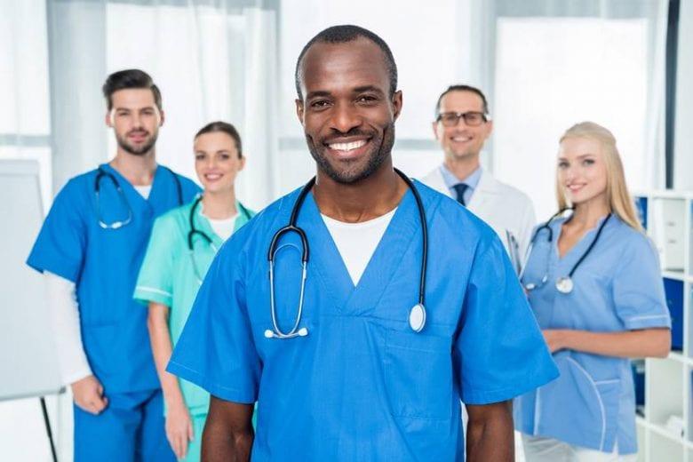 Cinco vagas para técnico em enfermagem em Itabira