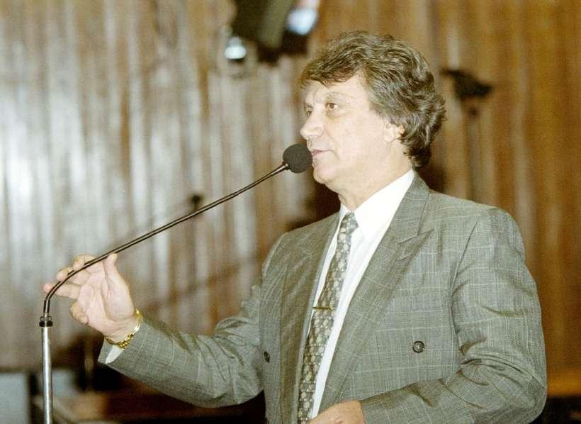 Ex-deputado federal por Minas, Irani Barbosa, morre vítima de Covid-19
