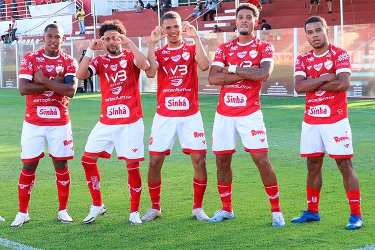 Vila Nova-GO goleia o Remo-PA em primeiro jogo da final da Série C