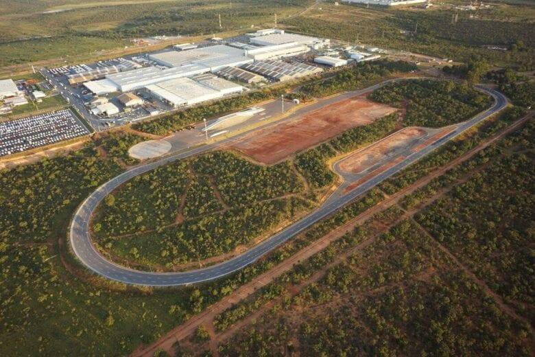 Iveco contrata 478 trabalhadores para produção de veículos comerciais