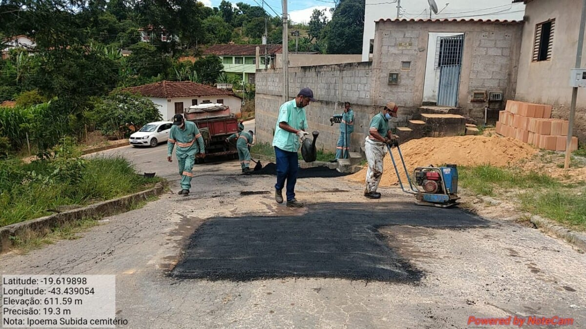 Ipoema: mais de 160 buracos em ruas são reparados