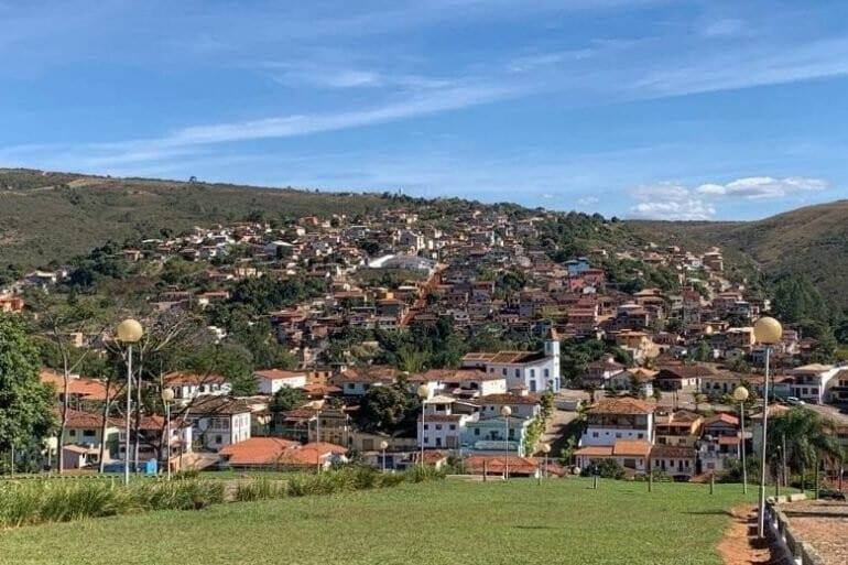 Copasa interrompe abastecimento de água em Conceição do Mato Dentro