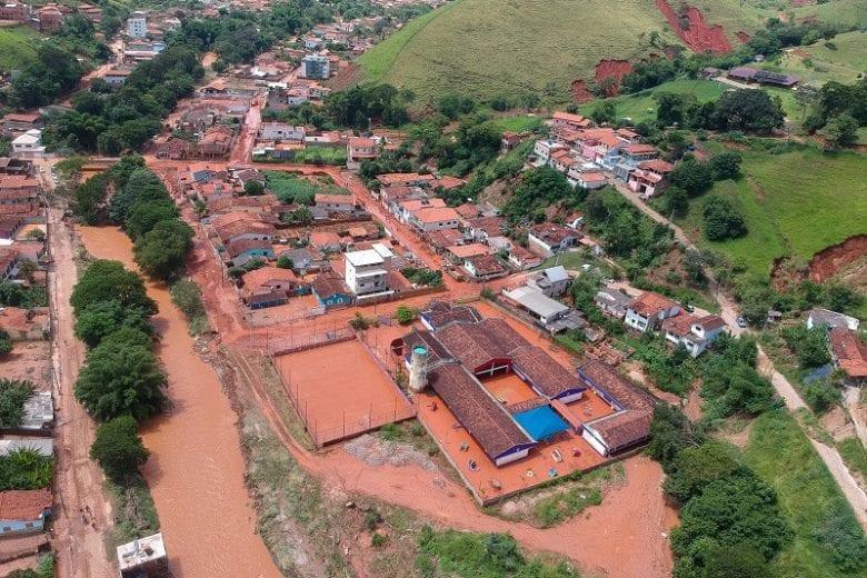 Região do bairro Chaves, em Santa Maria de Itabira, segue sem água