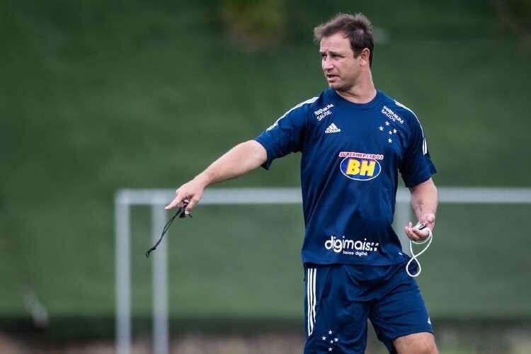 Você é Felipe Conceição: forme seu time ideal para a temporada do Cruzeiro