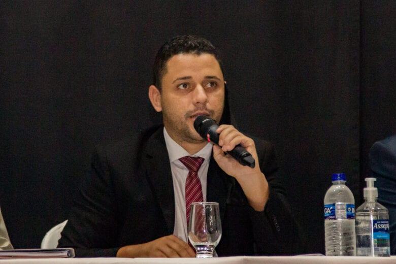 Presidente da Câmara, Vetão, cobra SAAE sobre a falta de água
