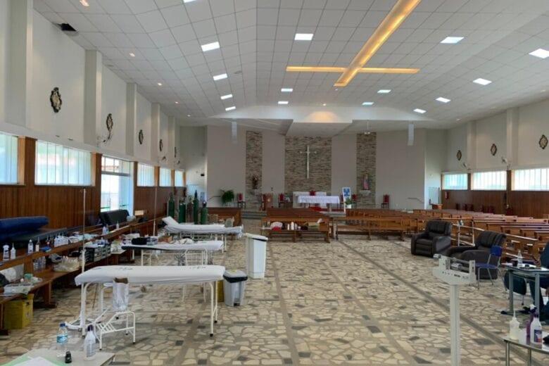 Igreja Matriz funciona como hospital em meio ao caos em Santa Maria de Itabira