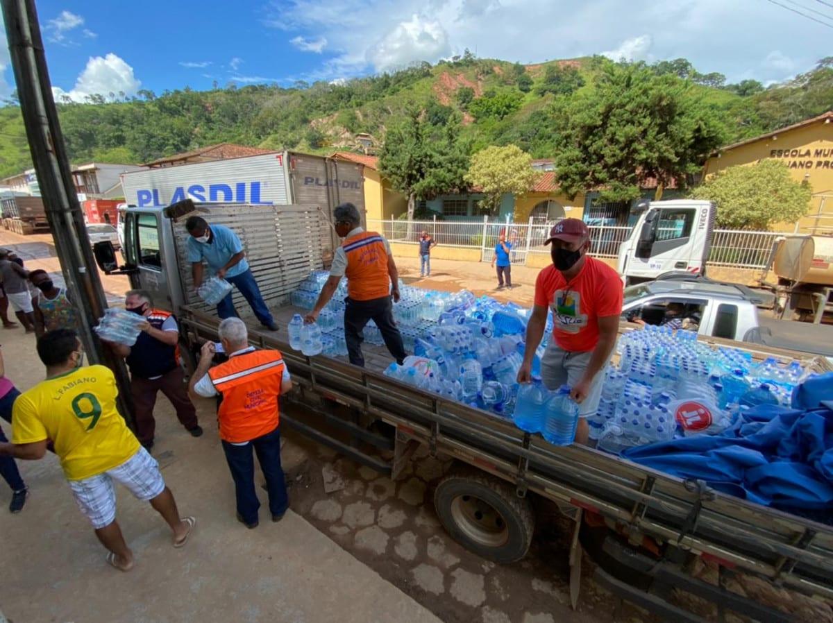 Prefeitura de Santa Maria de Itabira pede suspensão da doação de roupas