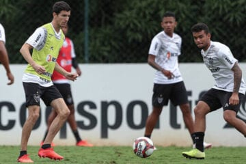 Nacho já treina normalmente no Atlético, mas ainda não sabe quando estreará