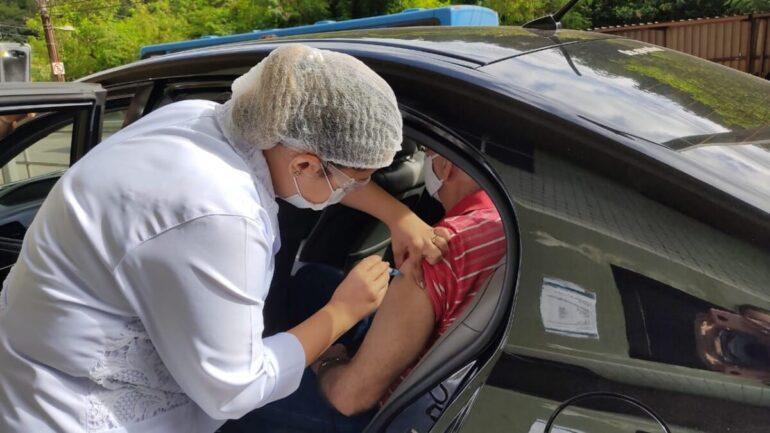 Monlevade: idosos de 70 a 78 anos receberão segunda dose de vacinas nesta terça