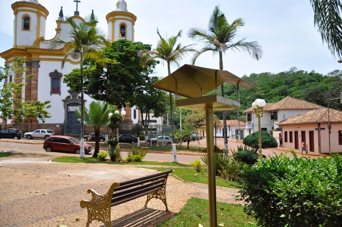 Barão de Cocais antecipa 13º e injeta R$ 1,2 milhão na economia local