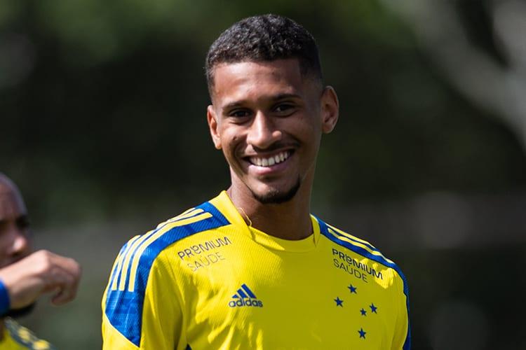 Conceição vê evolução de trio da base e avalia mescla no time do Cruzeiro