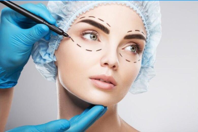 Quando posso realizar minha cirúrgia plástica após ser infectado pela Covid-19?