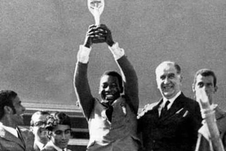 No Ângulo #38 – A seleção brasileira de 70 e o regime militar