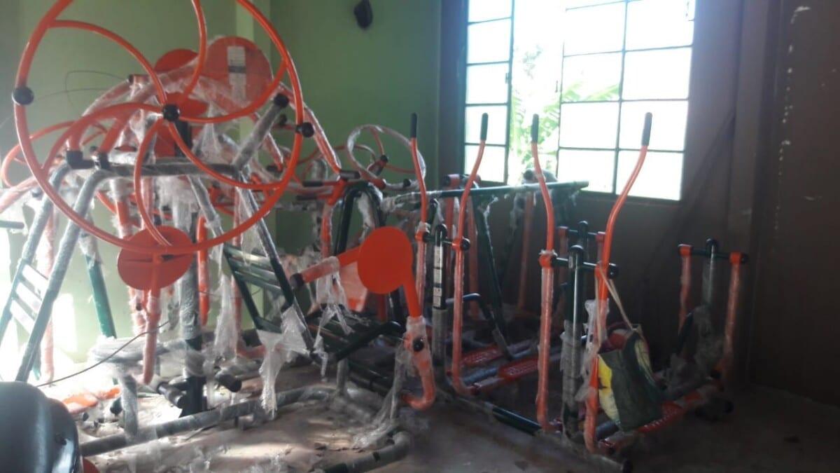Nova polêmica em Ouro Preto: equipamentos públicos de ginástica são apreendidos em casa de morador