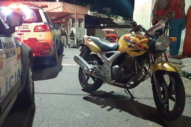 Motociclista morre após colidir contra um trilho em Itabira
