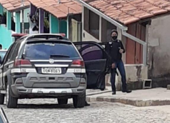 Polícia Civil prende homem que descumpriu medida protetiva em Santa Bárbara