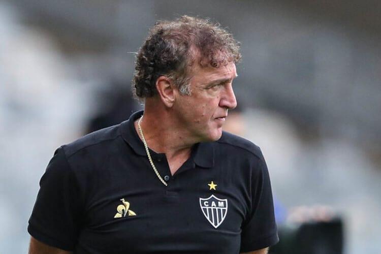 Cuca define substituto de Zaracho e escala Atlético para enfrentar o Cerro