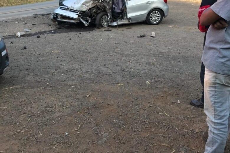 """Acidente deixa um morto e outro ferido na estrada do """"Forninho"""""""
