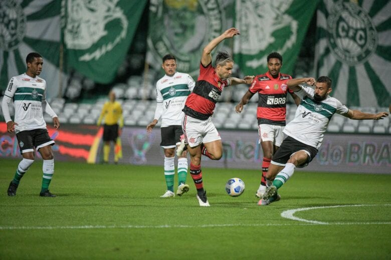 Flamengo aciona STJD para parar o Brasileirão durante a Copa América