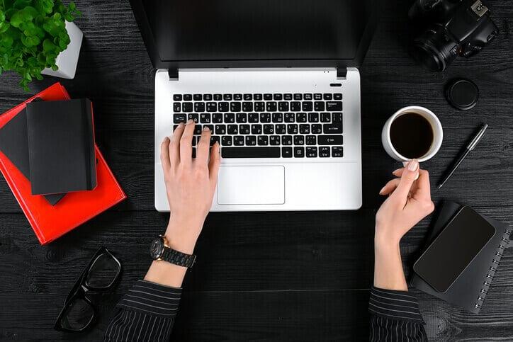 Empresa contrata assistente de conteúdo em Itabira