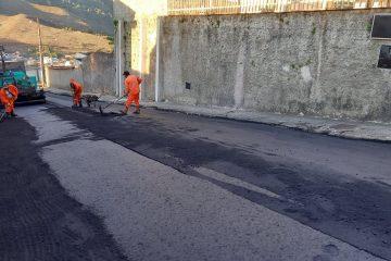 Serviços de asfaltamento a quente começam pelo bairro Lucília, em Monlevade