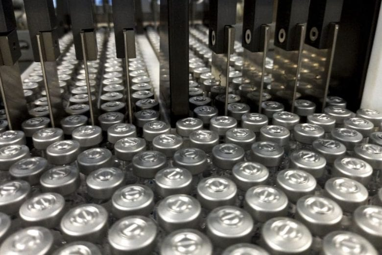 Butantan entrega 1,2 milhão de doses da CoronaVac ao governo federal