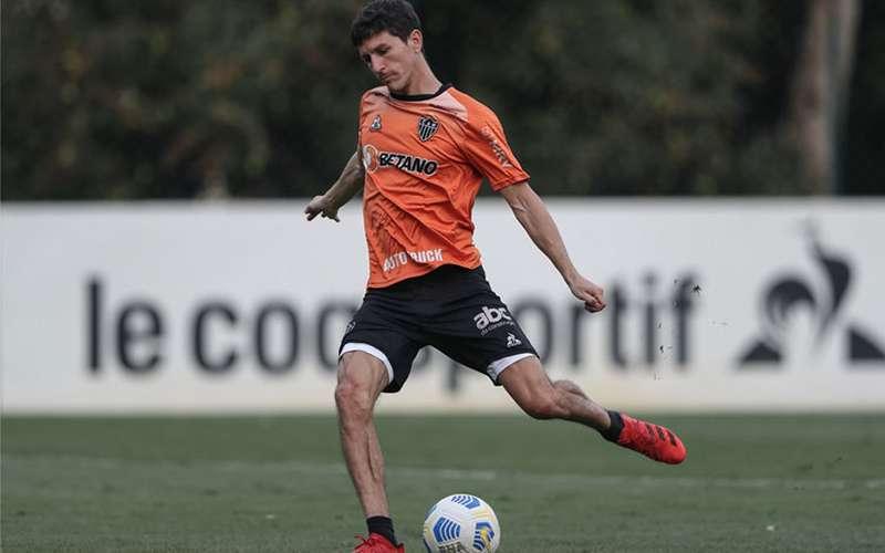 Atlético treina pênaltis antes de duelo decisivo com Fluminense; veja fotos