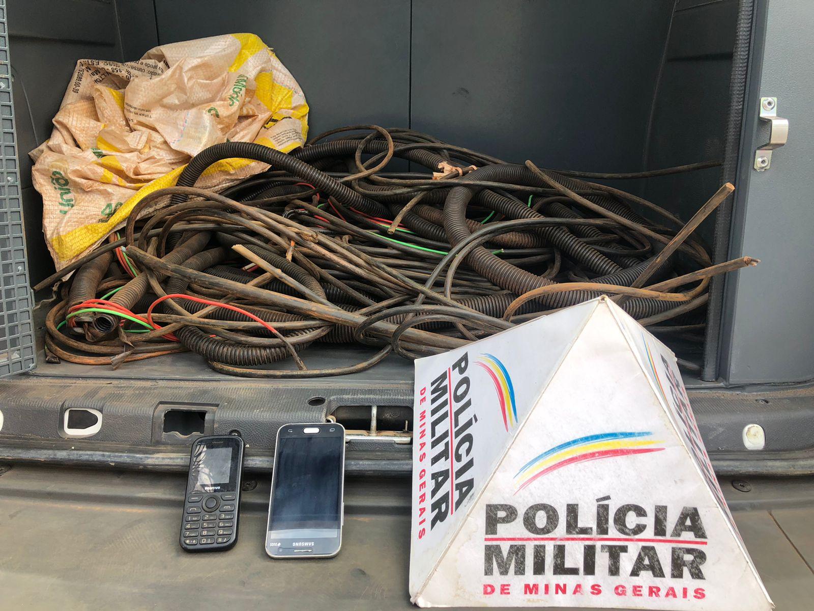 Dupla é presa suspeita de furtar cabos de cobre em Itabira