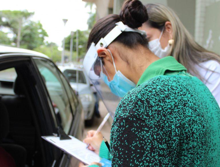 Vacinação de adultos que se cadastraram para a primeira dose é retomada em Monlevade