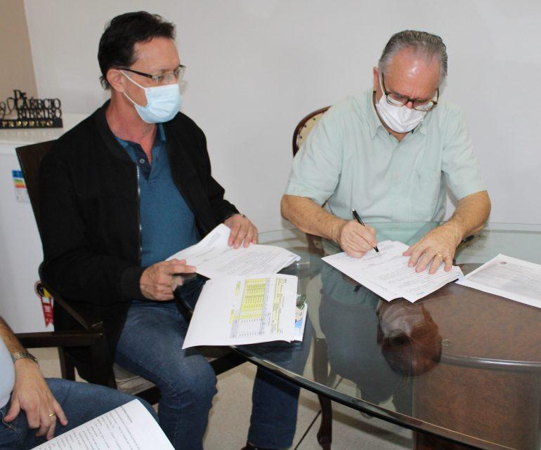 Prefeitura de Monlevade assina convênio em prol da Microbacia do Córrego dos Coelhos