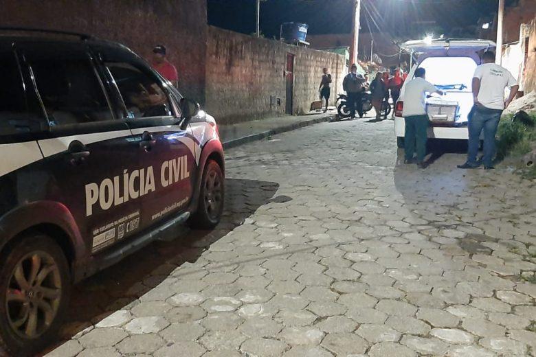 Jovem morto no Juca Rosa foi atingido por sete tiros