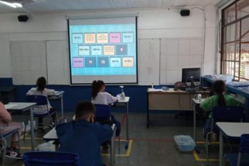 Prefeitura de BH autoriza 100% dos alunos nas aulas presenciais e tem novas regras para comércio