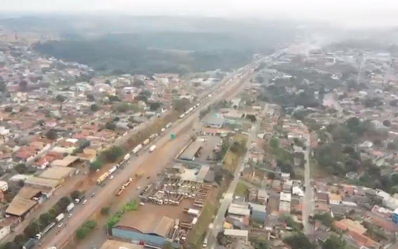 Imagem: Protesto dos caminhoneiros em Igarapé, Região Metropolitana de Belo Horizonte